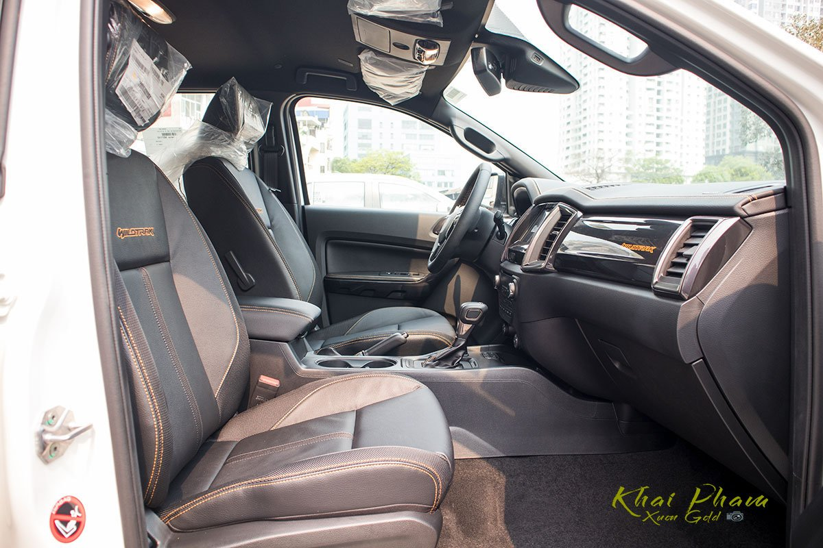 Ảnh chụp ghế phụ xe Ford Ranger Wildtrak 2020 1
