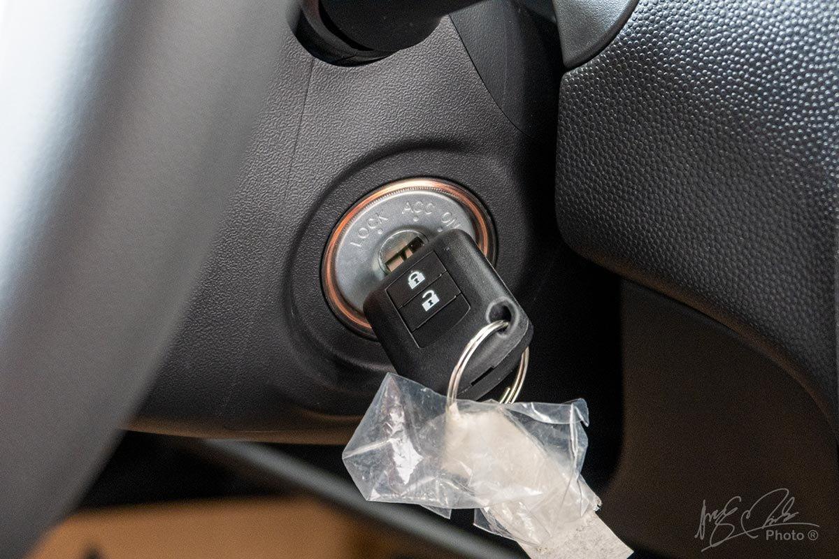 Đánh giá xe Mitsubishi Attrage MT 2020: Khởi động bằng chìa khoá.