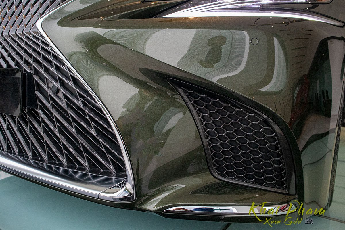 Ảnh chụp hốc gió Lexus LS 500h 2020 1