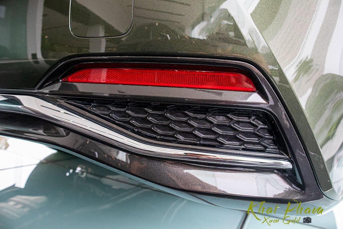 Ảnh chụp ống xả xe Lexus LS 500h 2020