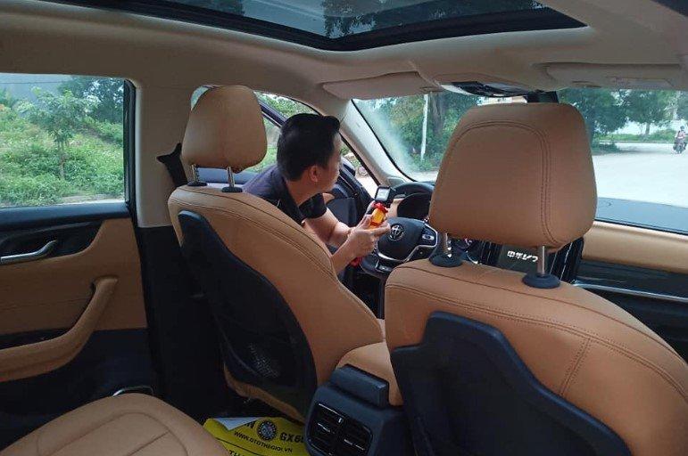 """Xe Trung Quốc Brilliance V7 xuất hiện tại Việt Nam giá chỉ 783 triệu đồng, nhiều công nghệ """"choáng váng"""" - Ảnh 1."""