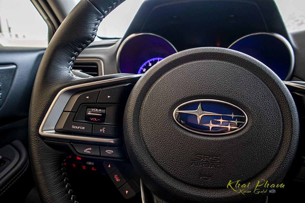 Ảnh chụp nút bấm xe Subaru Outback 2020