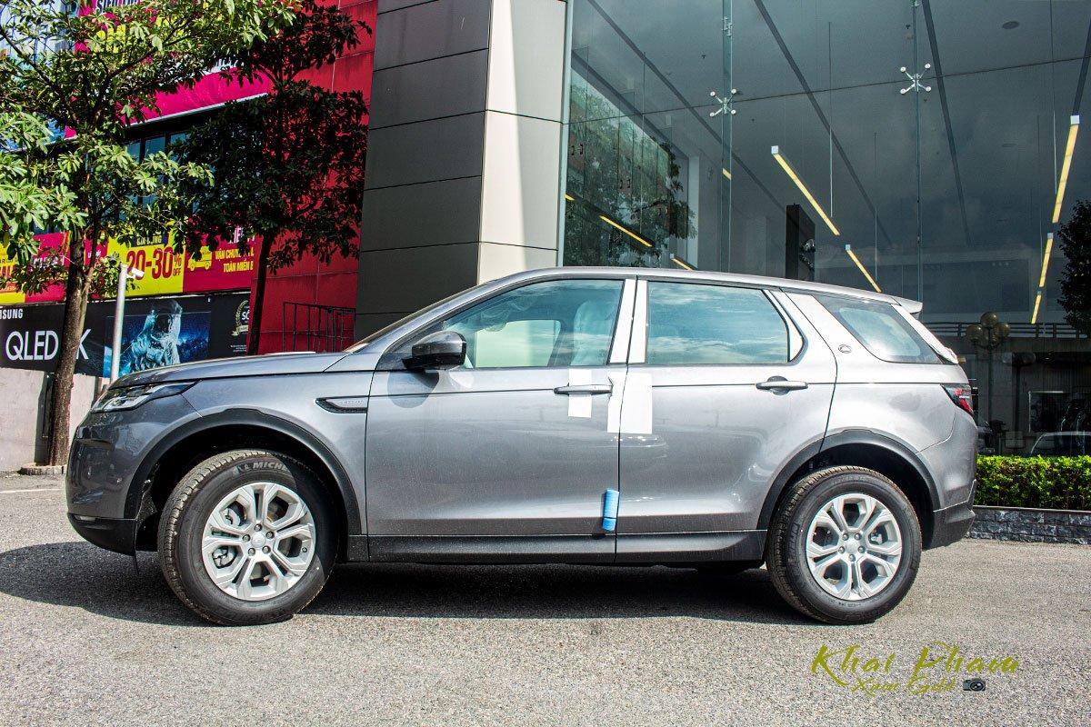 Hình ảnh thân xe Land Rover Discovery Sport S 2020