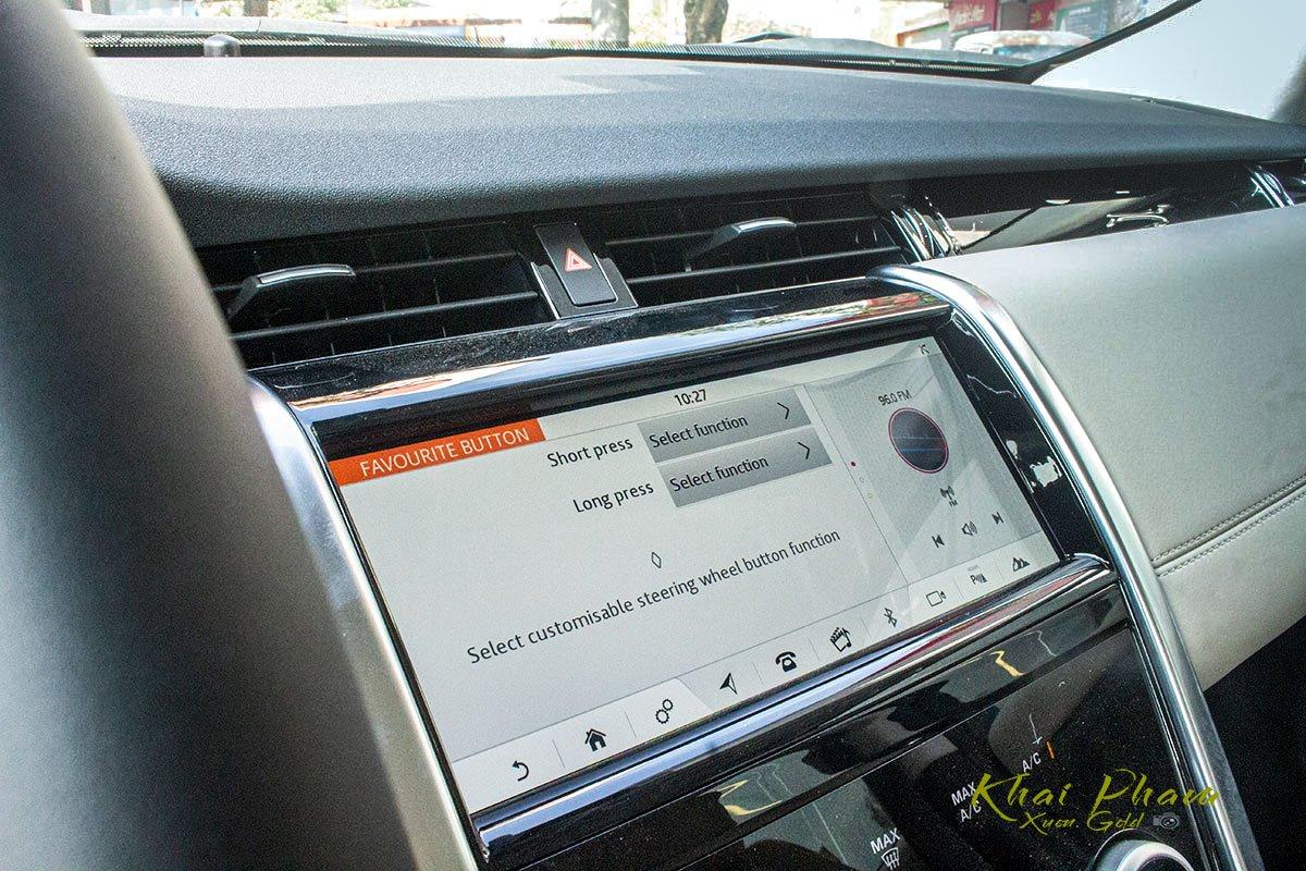 Hình ảnh màn hình xe Land Rover Discovery Sport S 2020