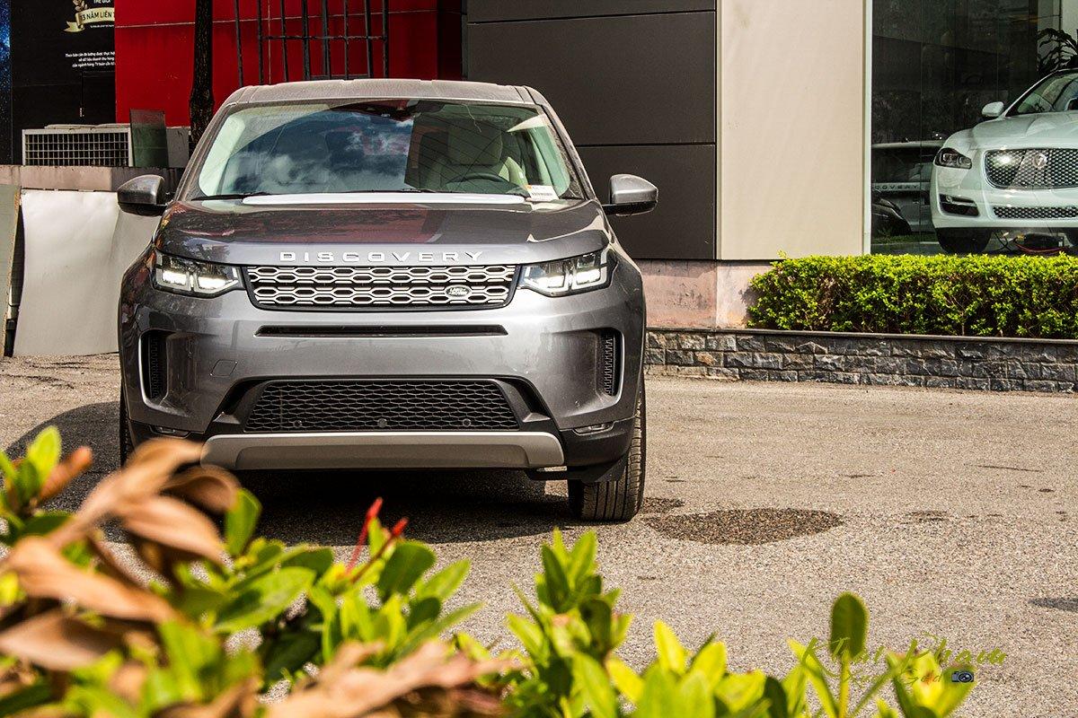 Hình ảnh trước xe Land Rover Discovery Sport S 2020