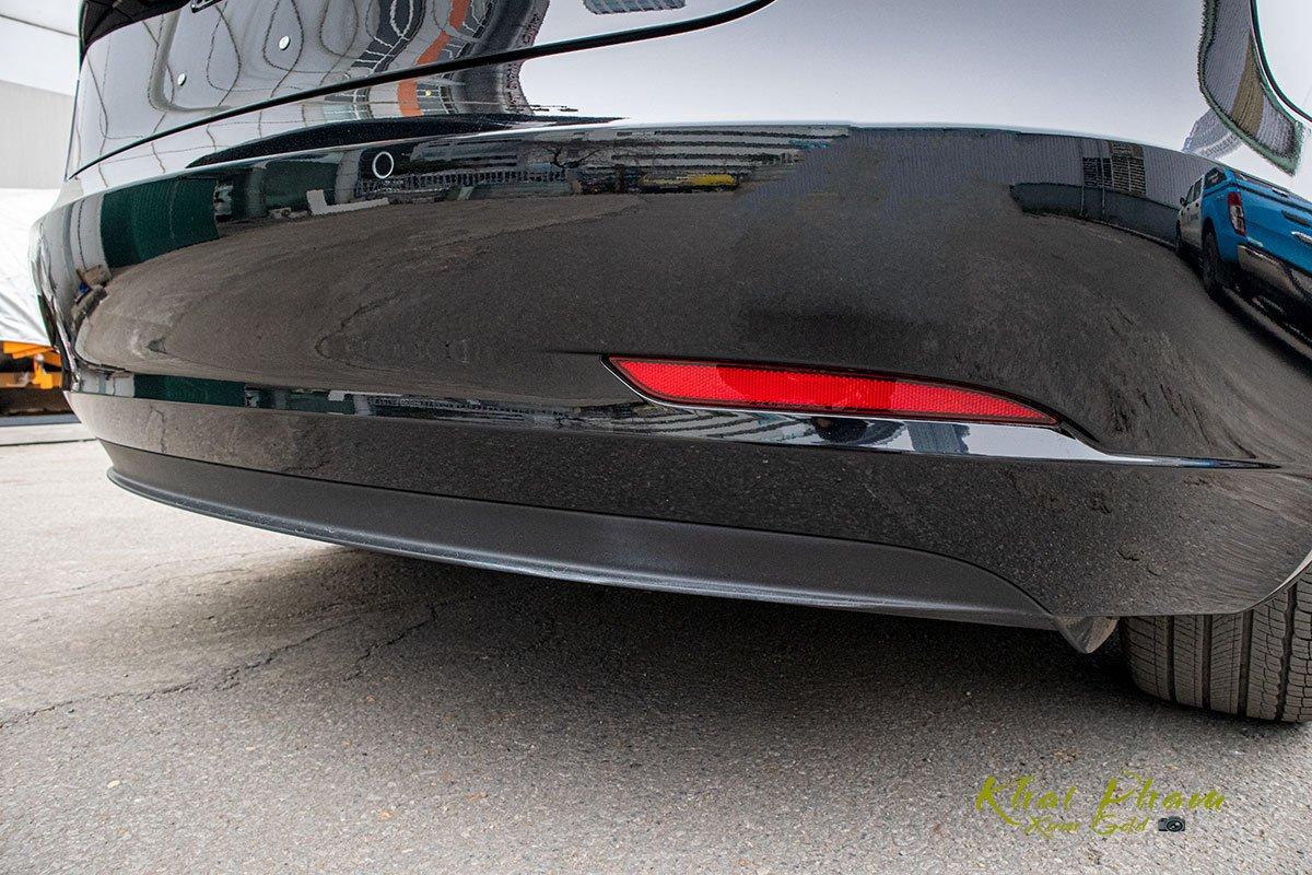 Ảnh chụp cản sau xe Tesla Model 3 2020 1