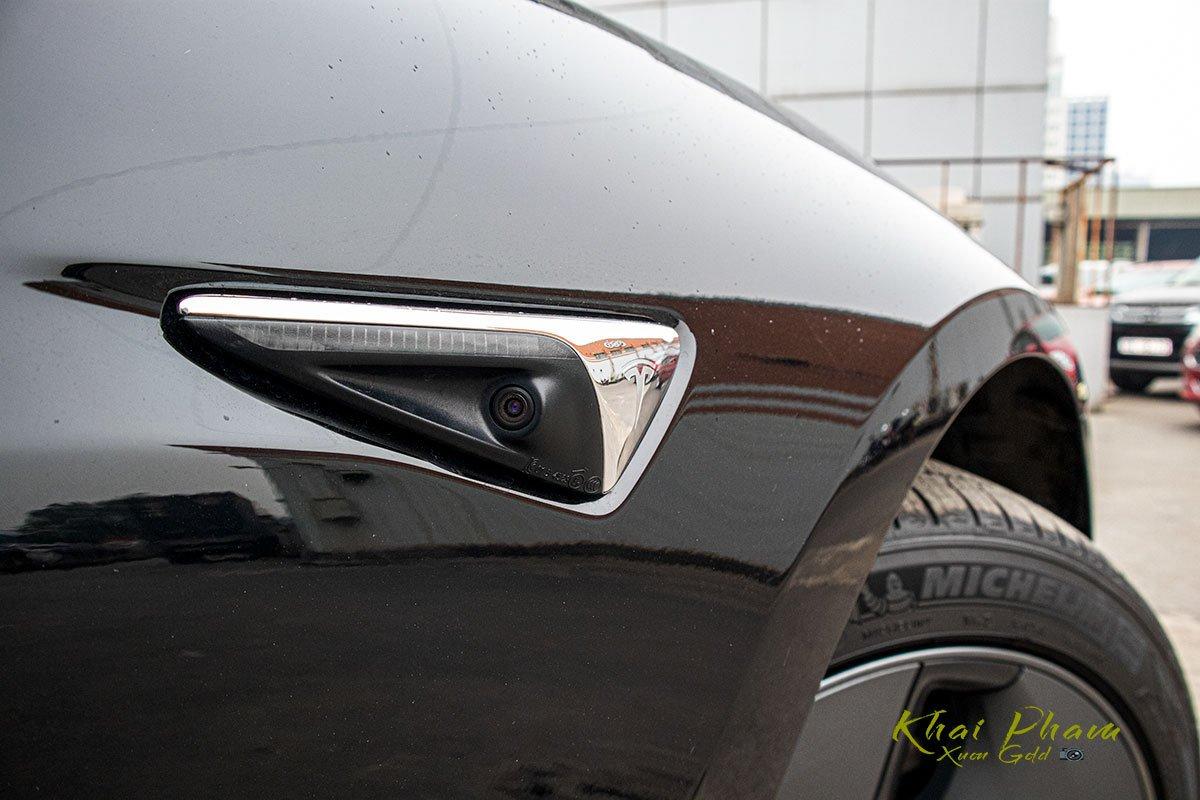 Ảnh chụp camera thân xe Tesla Model 3 2020 1