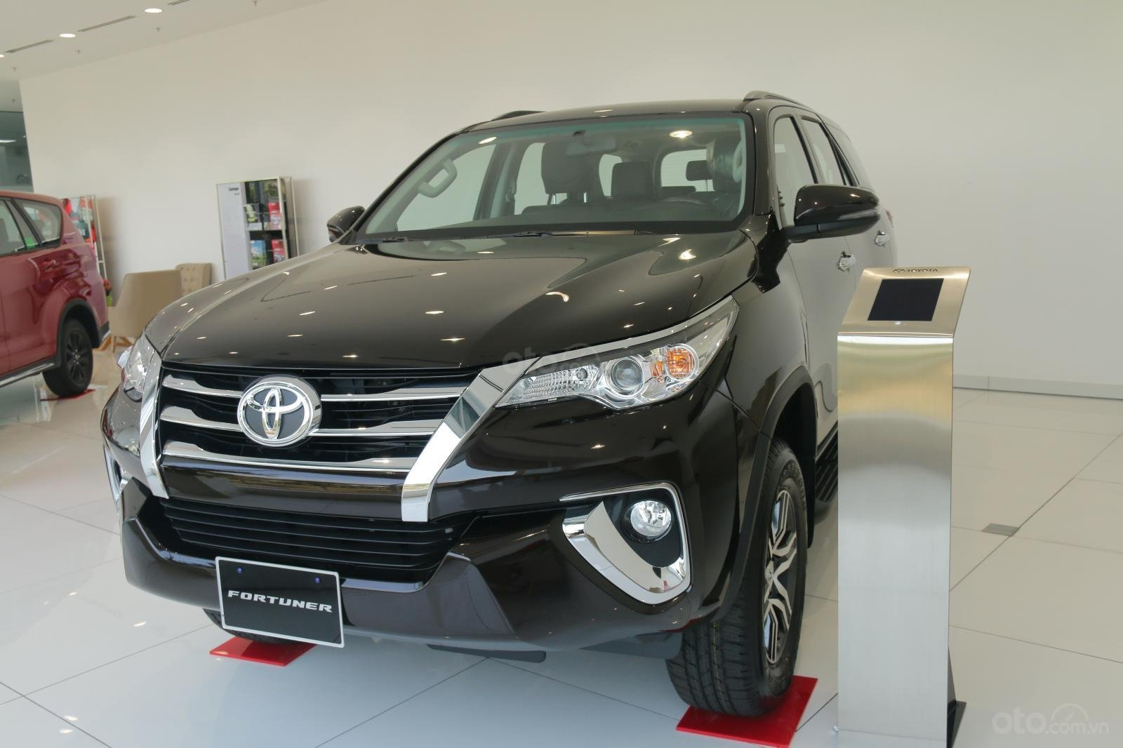 Toyota Phú Mỹ Hưng (7)