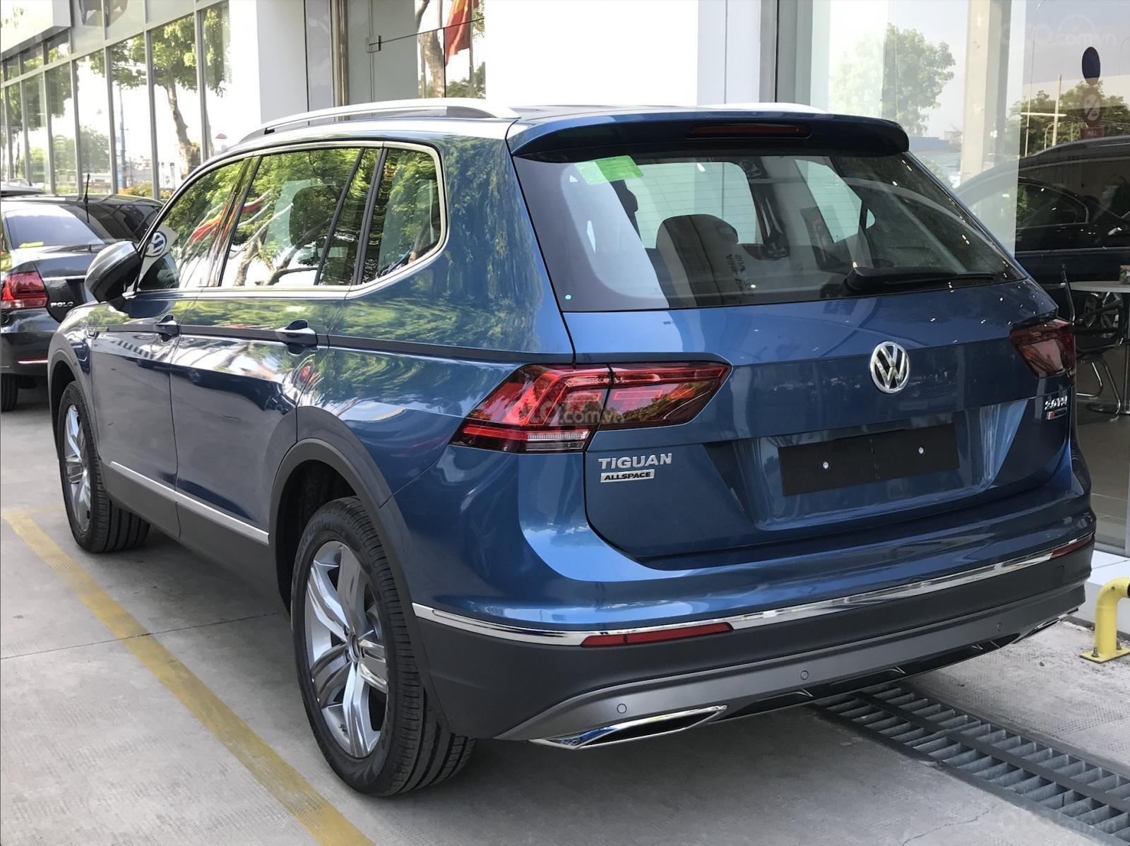 Khuyến mãi đặc biệt cho xe Tiguan Luxury 2020 màu xanh, Ms. Lan Phương VW Sài Gòn (2)