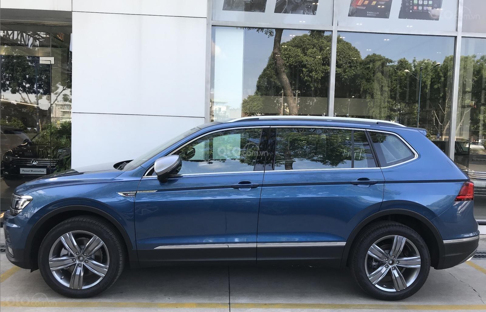 Khuyến mãi đặc biệt cho xe Tiguan Luxury 2020 màu xanh, Ms. Lan Phương VW Sài Gòn (3)