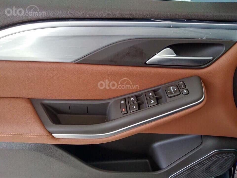 Bán xe VinFast LUX SA2.0 giảm 300tr tiền mặt, đủ màu giao ngay, giá cam kết tốt nhất miền Bắc, tặng full phụ kiện (7)