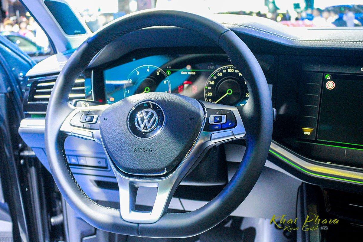 Đánh giá xe Volkswagen Touareg 2019 về hệ thống ghế ngồi: ghế trước tích hợp tích hợp tính năng massage và sưởi nhiệt 2