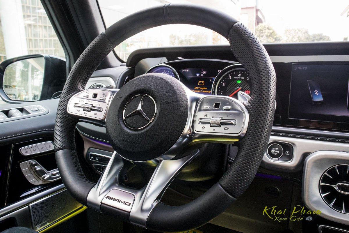 Ảnh chụp vô-lăng xe Mercedes-AMG G63 2020