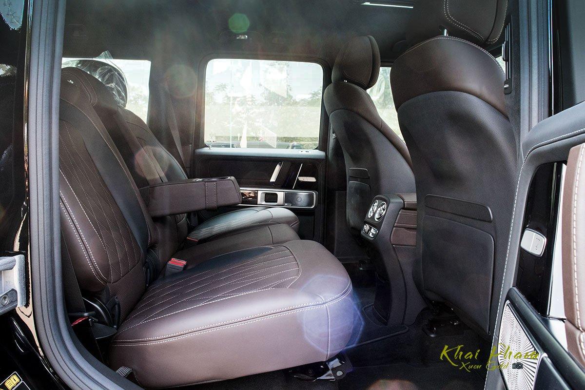 Ảnh chụp ghế sau xe Mercedes-AMG G63 2020