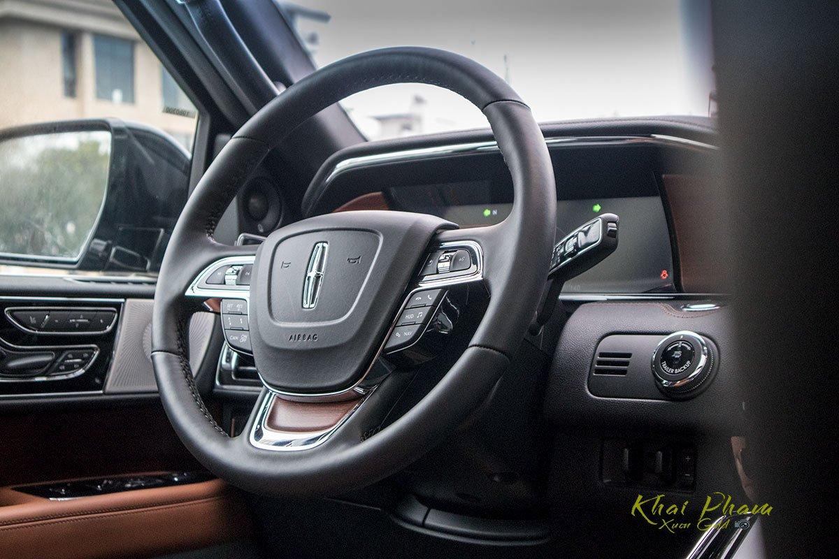 Ảnh vô-lăng xe Lincoln Navigator L Reserve 2020