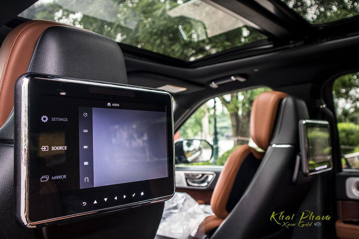 Ảnh màn hình sau xe Lincoln Navigator L Reserve 2020