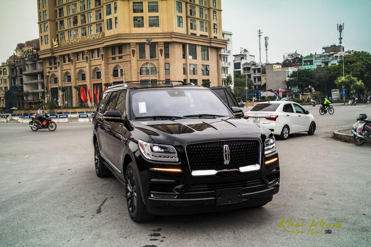 Ảnh đầu xe Lincoln Navigator L Reserve 2020 1