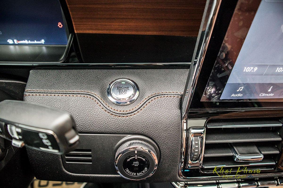 Ảnh nút bấm khởi động xe Lincoln Navigator L Reserve 2020