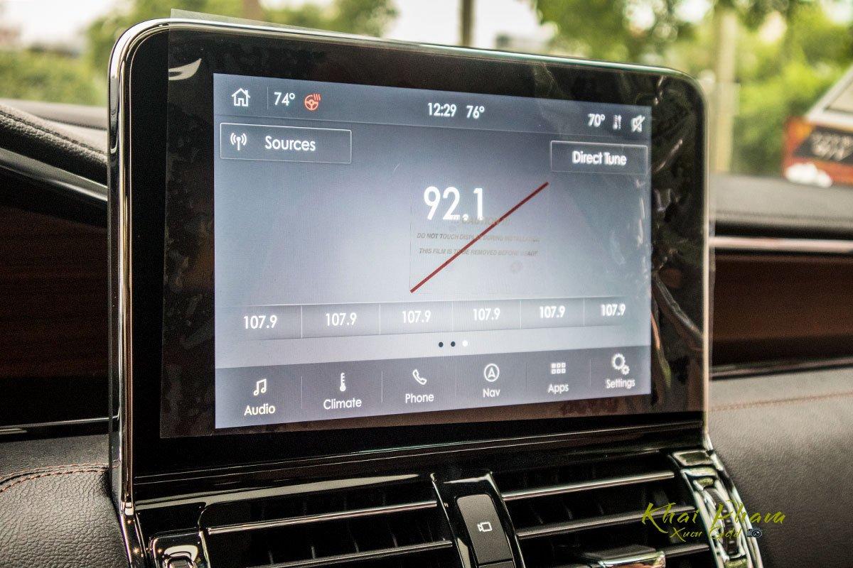 Ảnh màn hình xe Lincoln Navigator L Reserve 2020