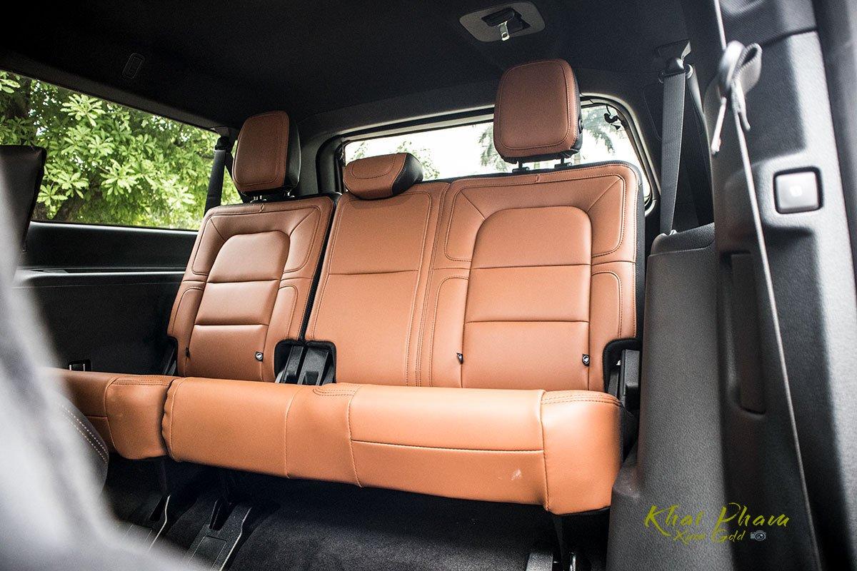Ảnh ghế sau xe Lincoln Navigator L Reserve 2020 11