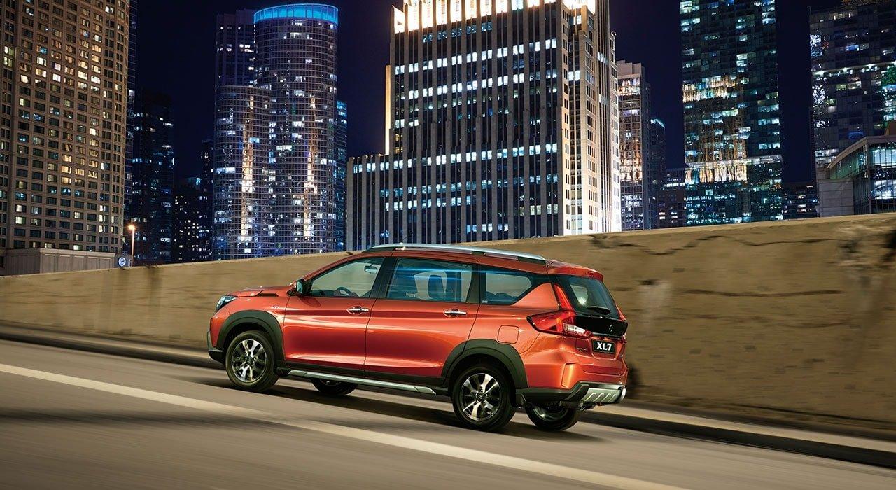SuzukiXL7 2020 chở nhiều nhưng tiêu xăng thì không có bao nhiêu.