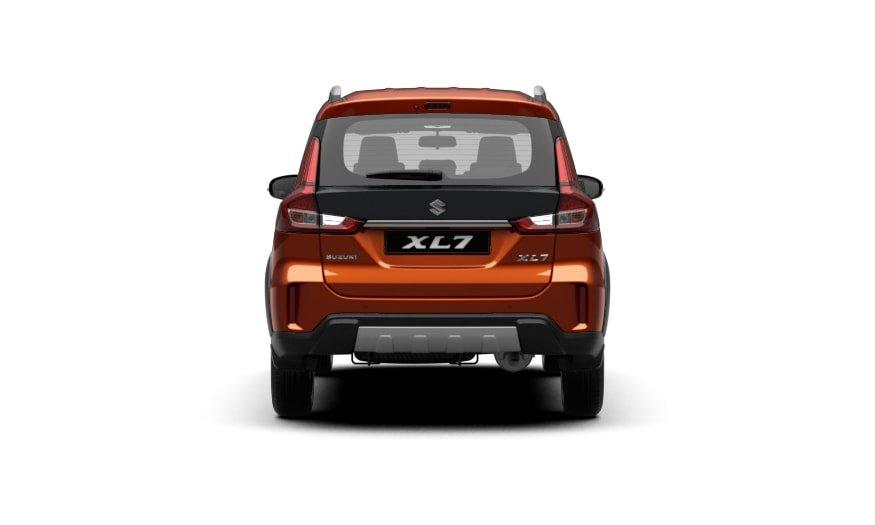 Suzuki XL7 2020 sở hữu đuôi xe cơ bắp.