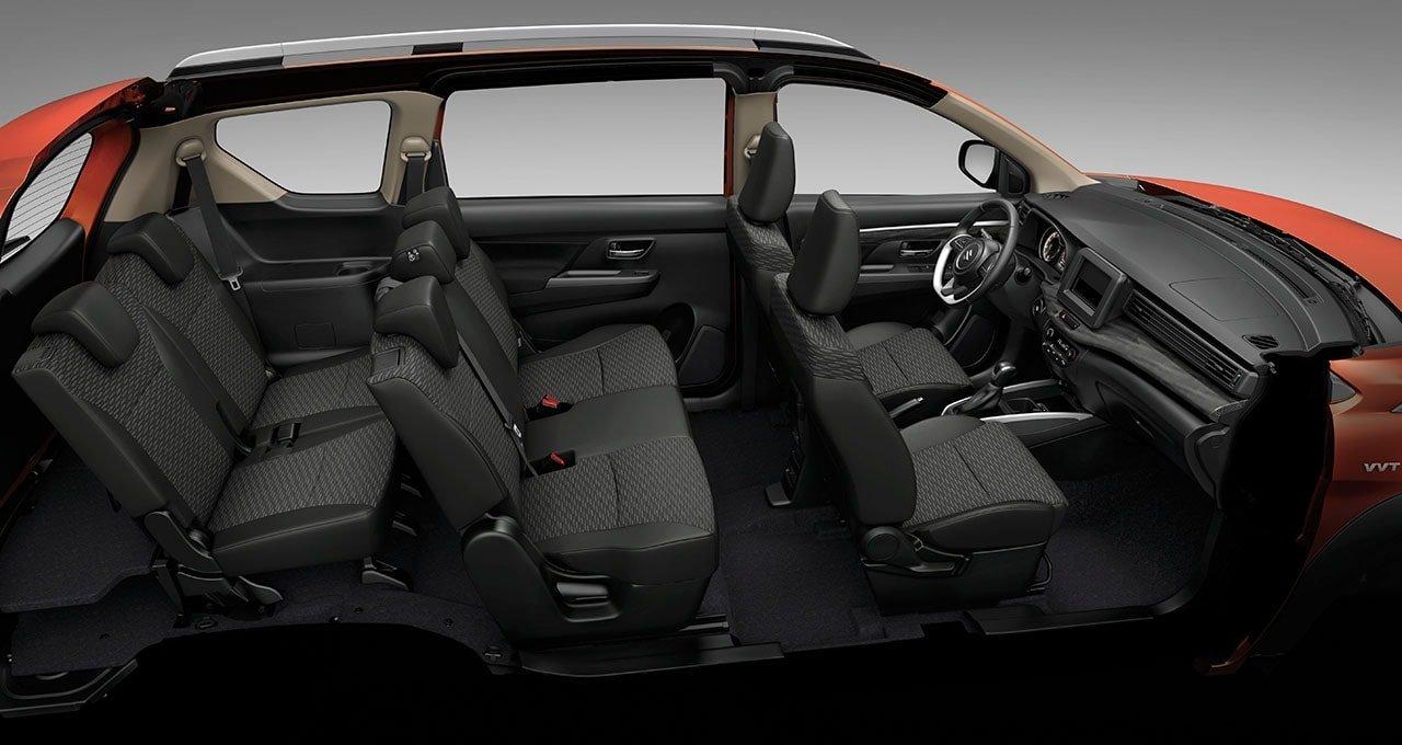 Bố trí ghế ngồi SuzukiXL7 2020 tận dụng tối ưu không gian.