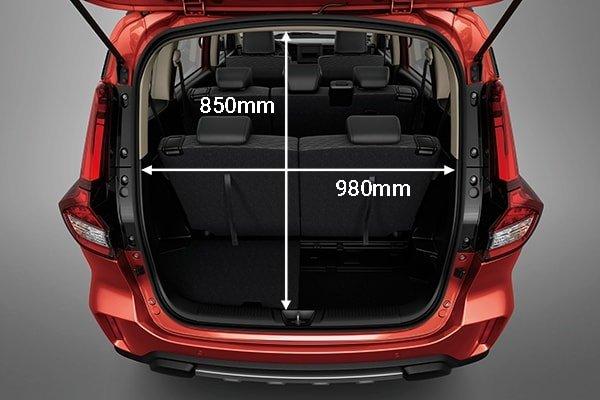 Suzuki XL7 2020 có khoang hành lý rộng rãi.