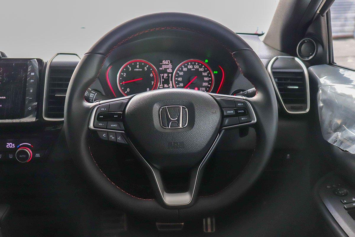 Đánh giá xe Honda City 2020 phiên bản RS: Vô-lăng.