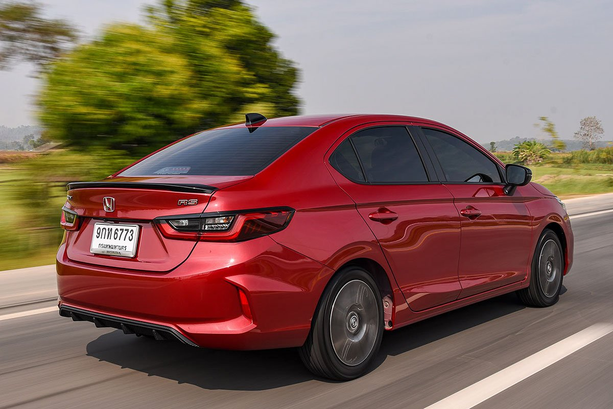 Đánh giá xe Honda City 2020 phiên bản RS: Thiết kế đuôi xe.