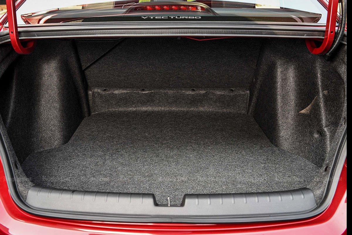 Đánh giá xe Honda City 2020 phiên bản RS: Khoang hành lý.