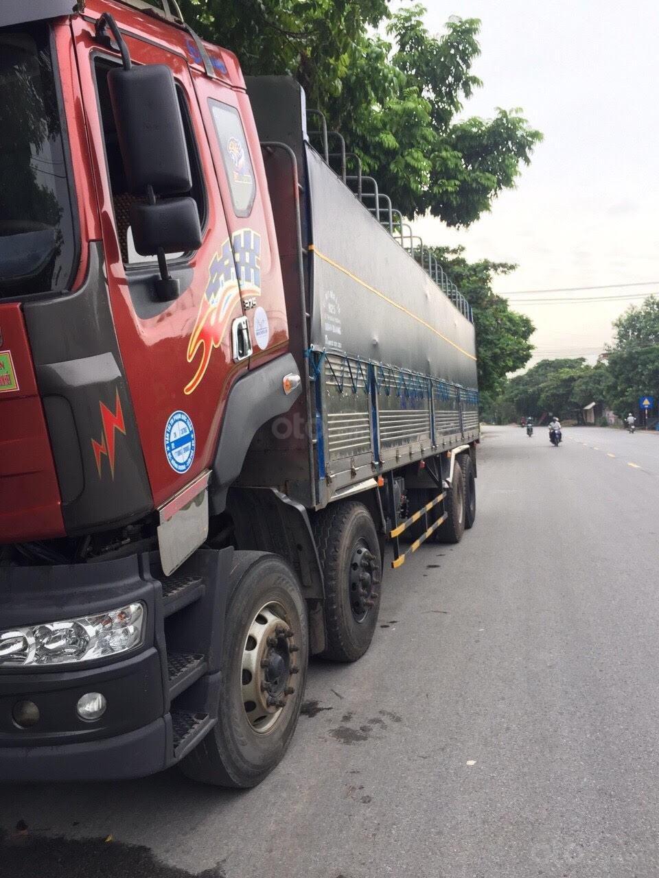 Bán xe tải Chenglong 4 chân, đời 2012 thùng dài 9.75m (1)