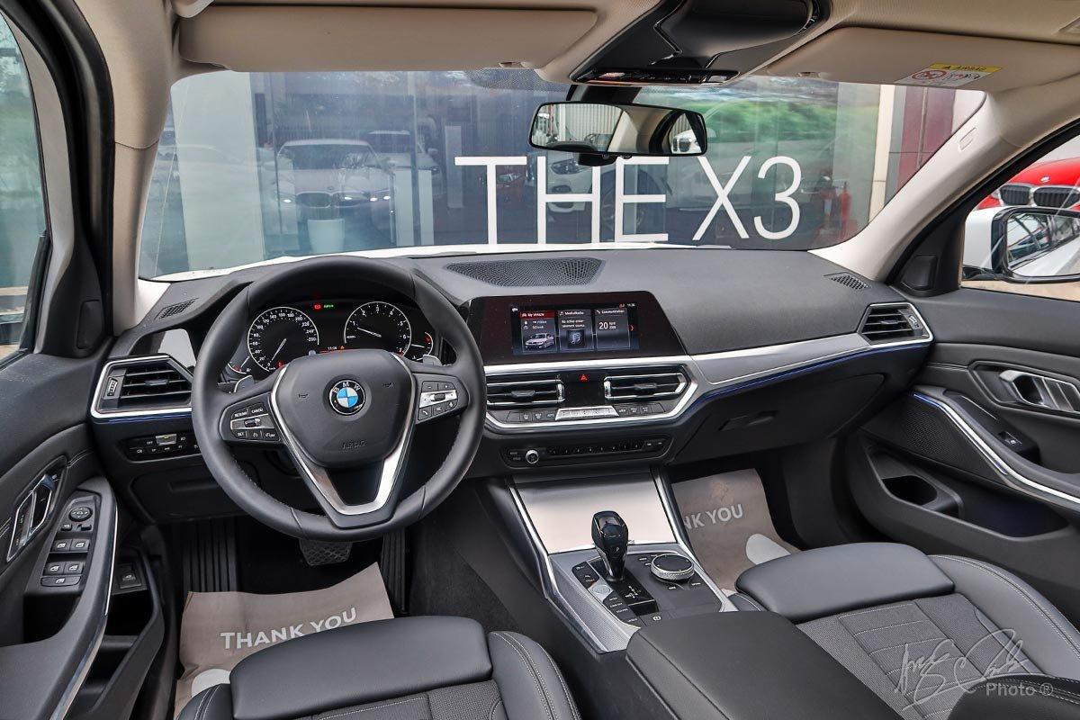 Khoang nội thất của BMW 3-Series 202 thiết kế đậm chất thể thao 1