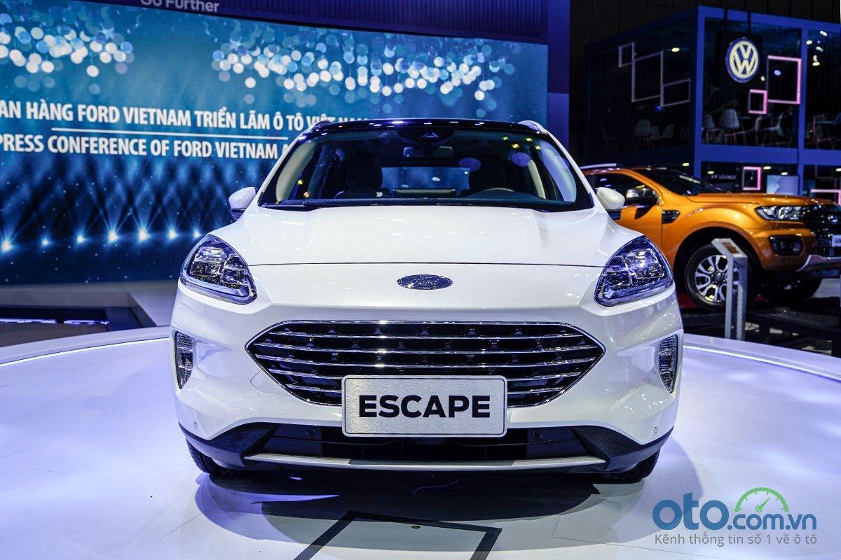 Giá xe Ford Escape thế hệ mới cập nhật hàng tháng - Ảnh 1