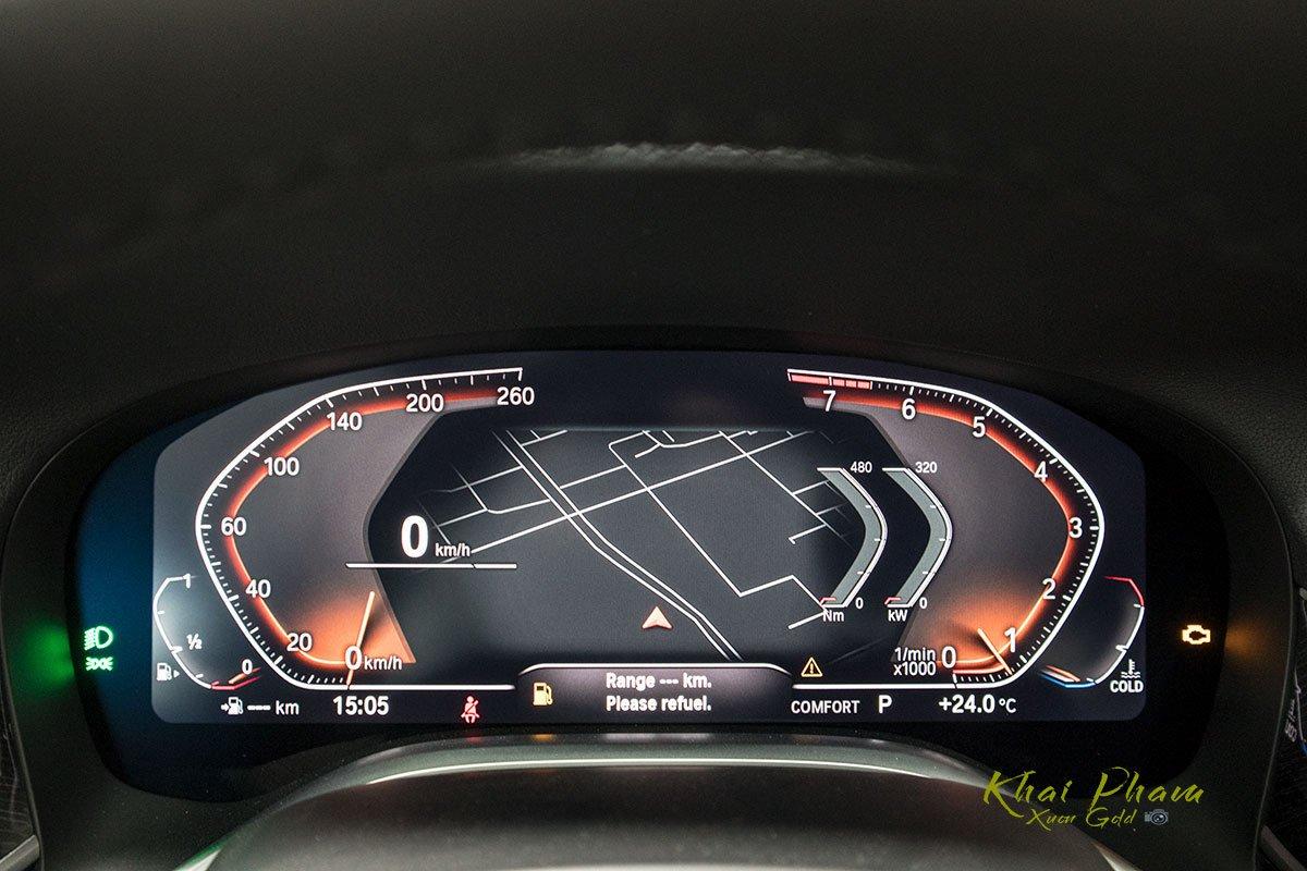 Ảnh màn hình vô-lăng xe BMW 740Li Pure Excellence 2020