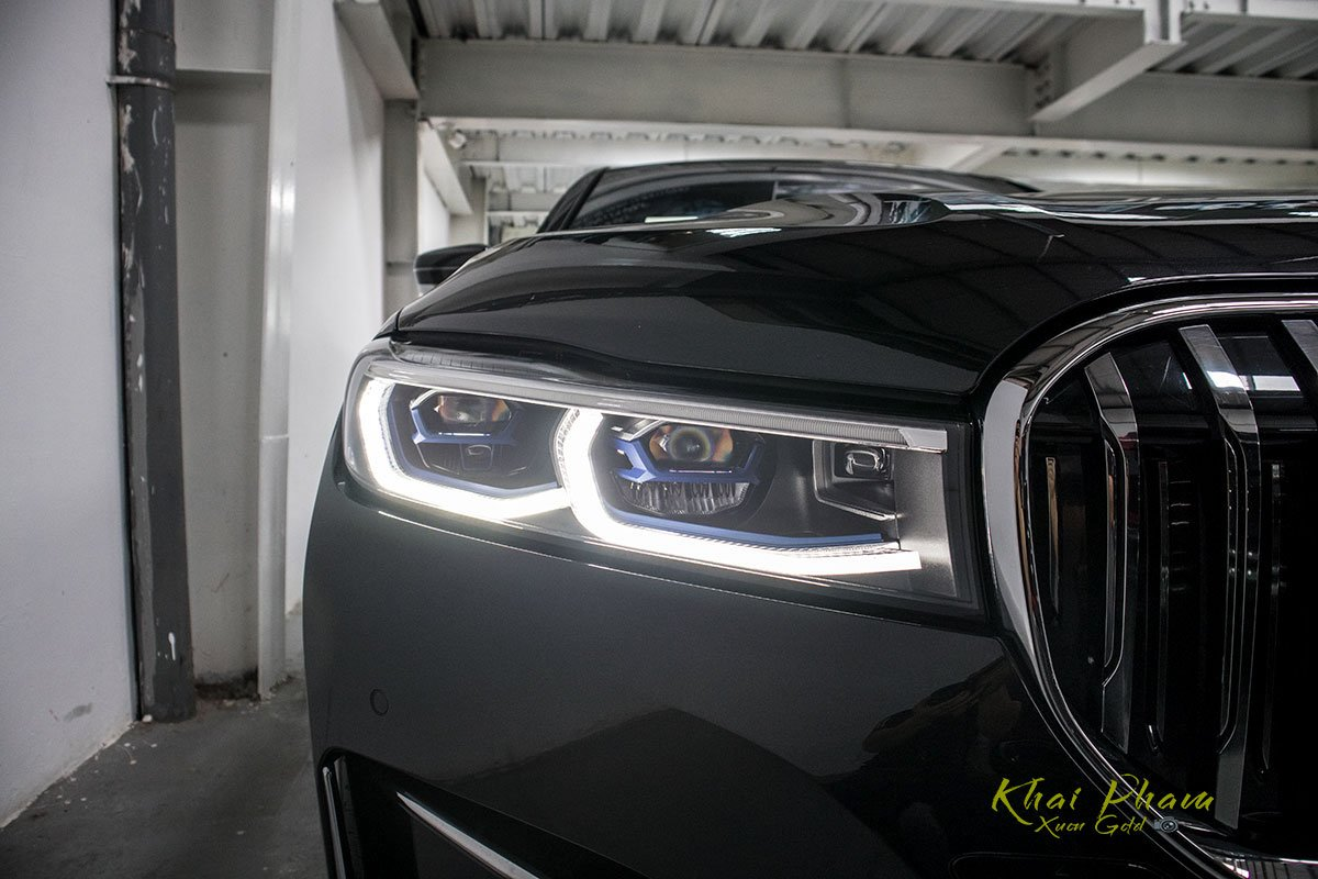 Ảnh đèn pha xe BMW 740Li Pure Excellence 2020