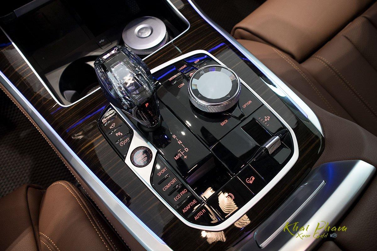 Ảnh cần số xe BMW X5 xDrive40i 2020