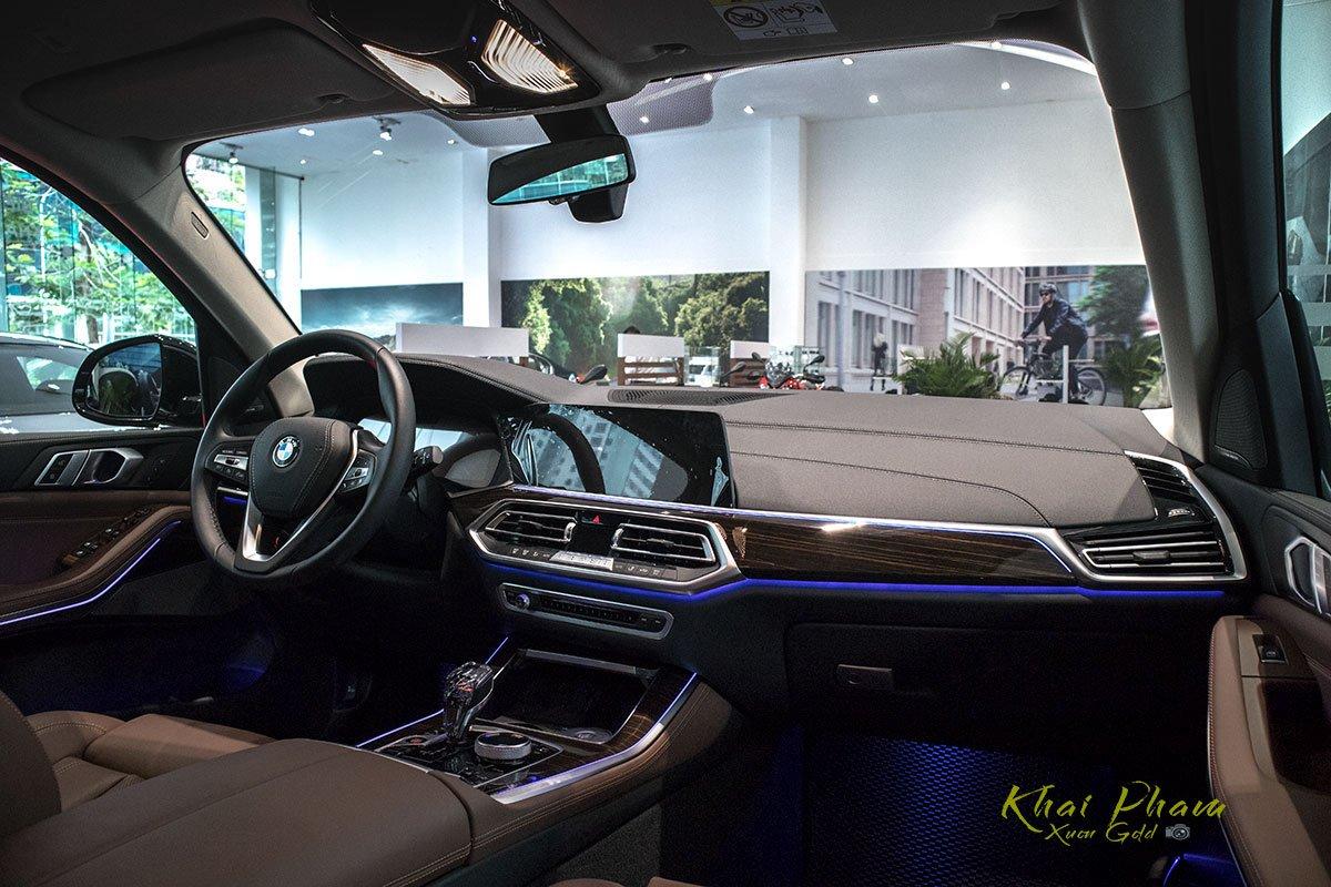 Ảnh táp-lô xe BMW X5 xDrive40i 2020