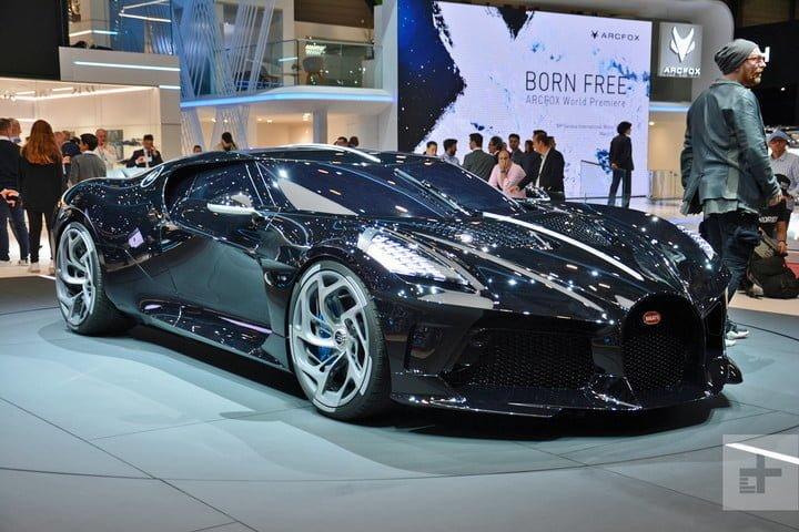 Bugatti La Voatio Noire là siêu xe đắt nhất thế giới.