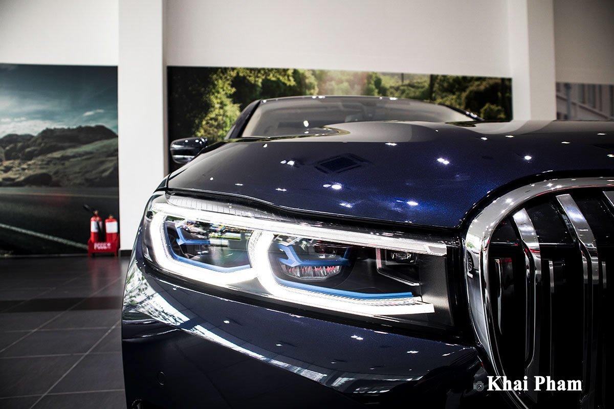 Ảnh đèn pha xe BMW 730Li Pure Excellence 2020