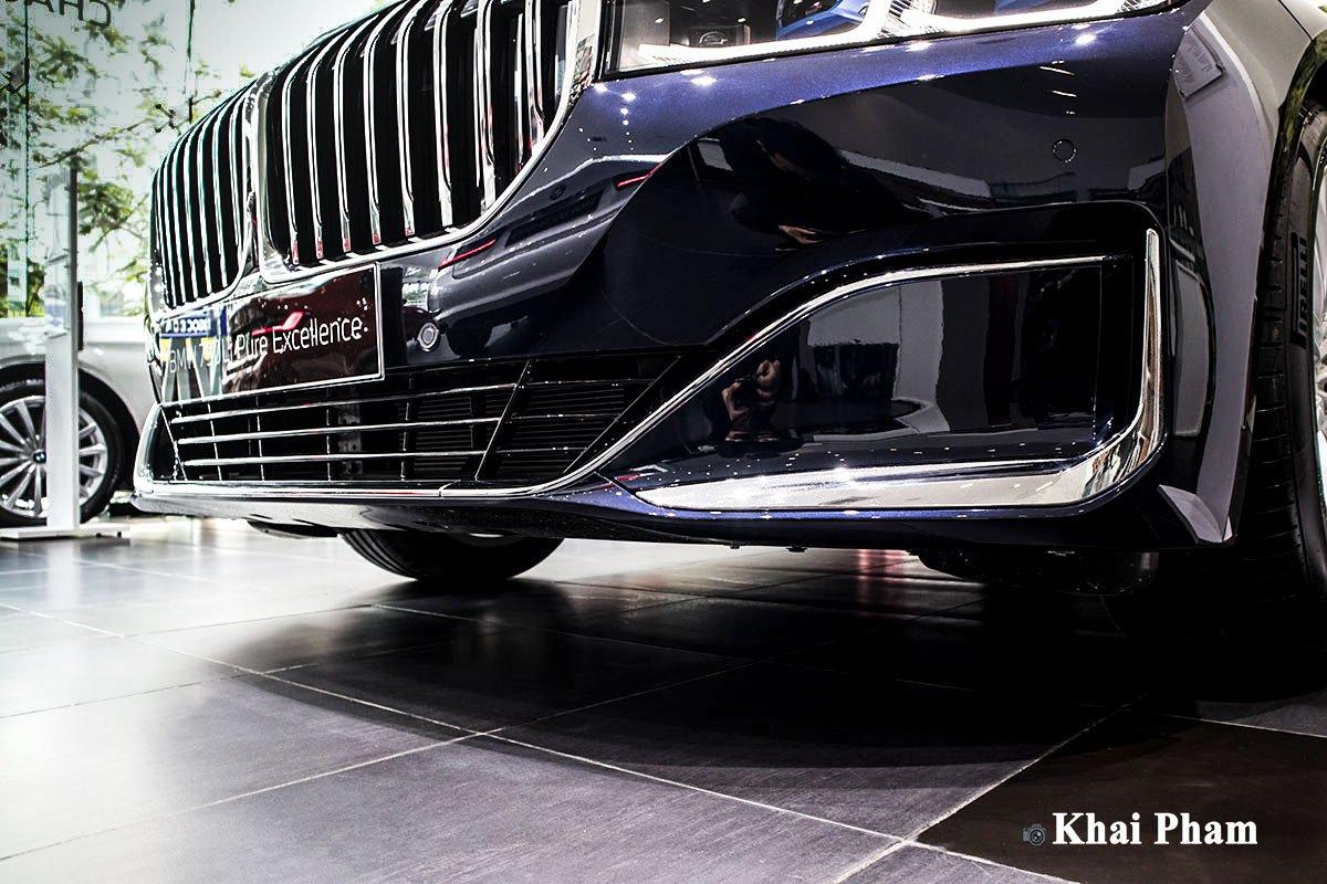 Ảnh cản trước xe BMW 730Li Pure Excellence 2020