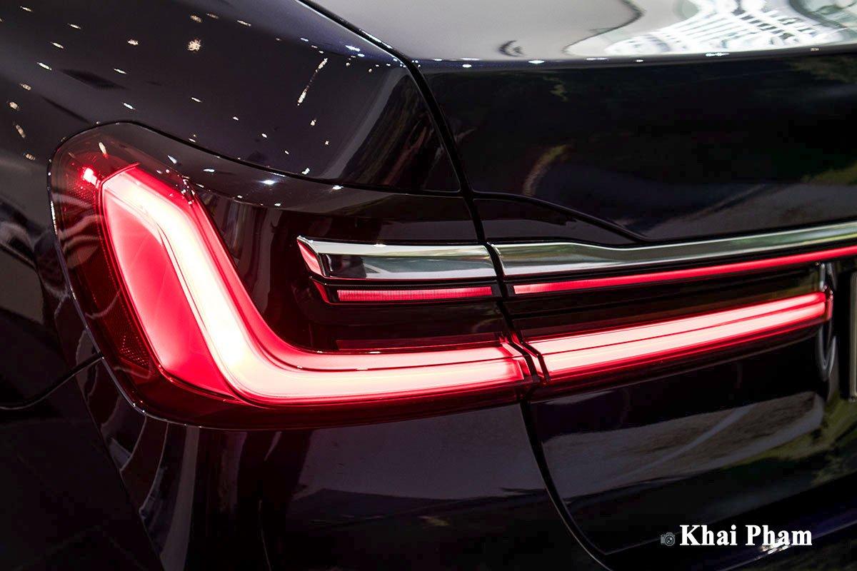 Ảnh đèn hậu xe BMW 730Li Pure Excellence 2020