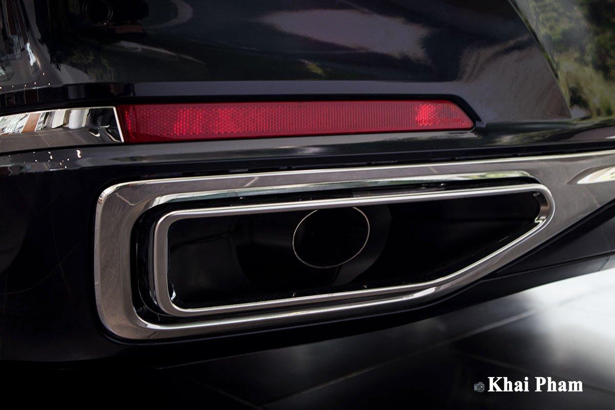 Ảnh ống xả xe BMW 730Li Pure Excellence 2020