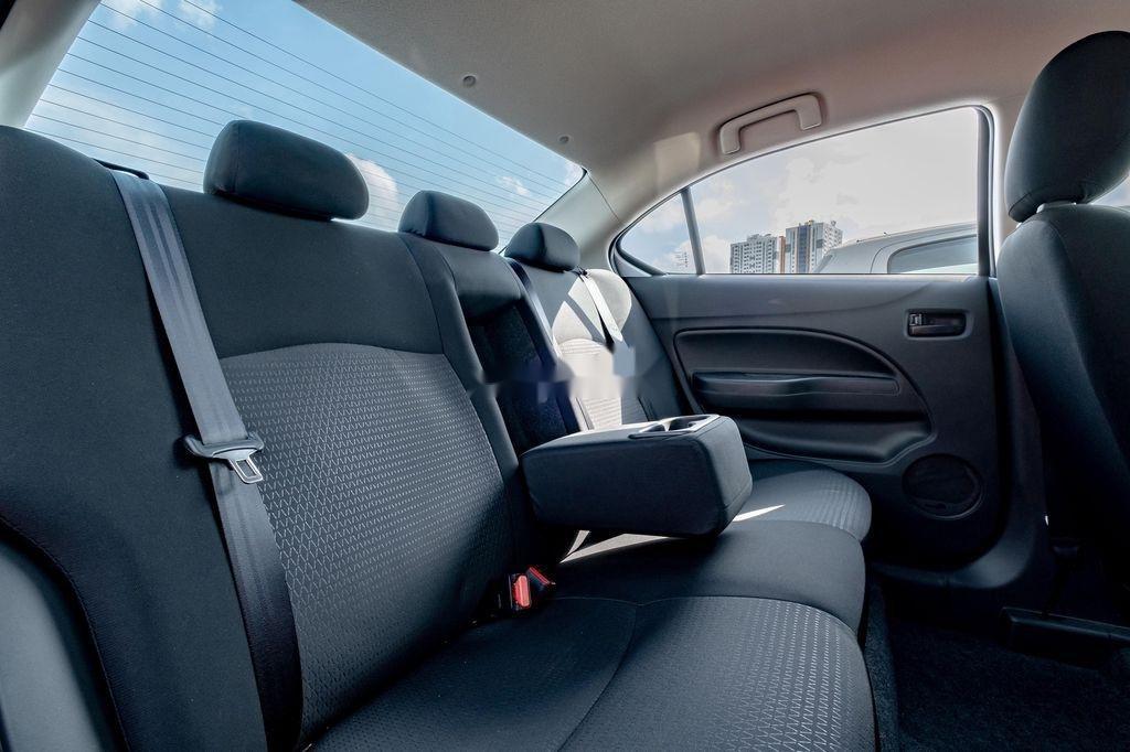Cần bán xe Mitsubishi Attrage đời 2020, màu trắng, nhập khẩu nguyên chiếc (11)