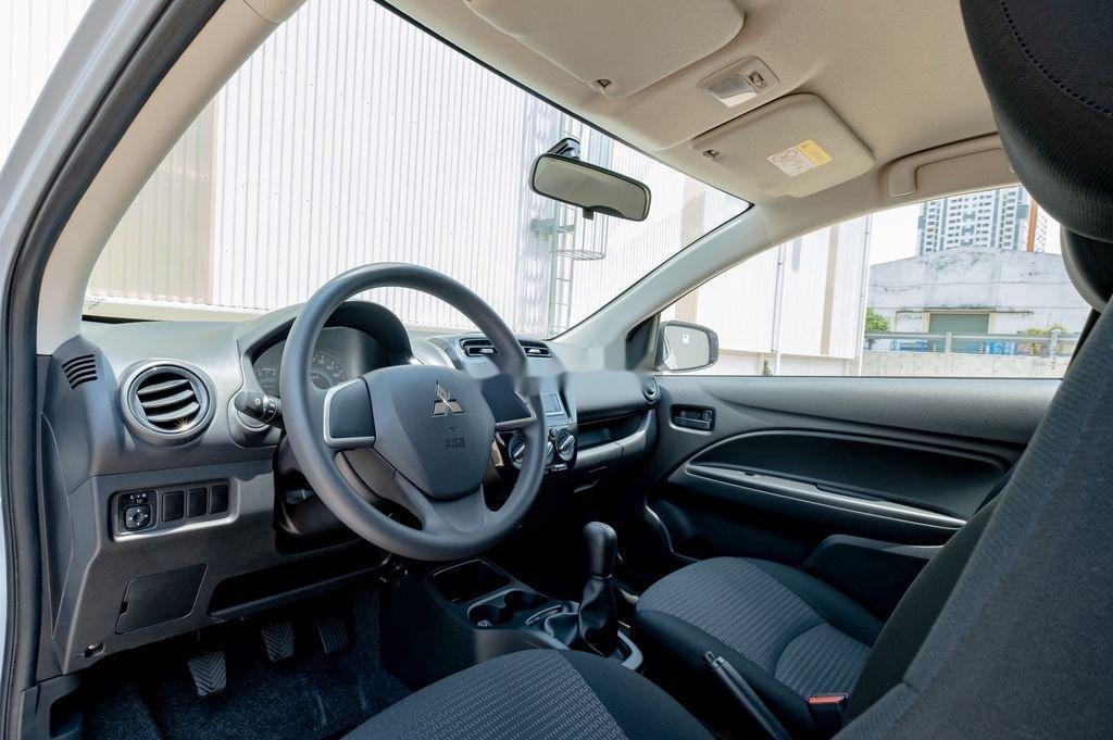 Cần bán xe Mitsubishi Attrage đời 2020, màu trắng, nhập khẩu nguyên chiếc (7)