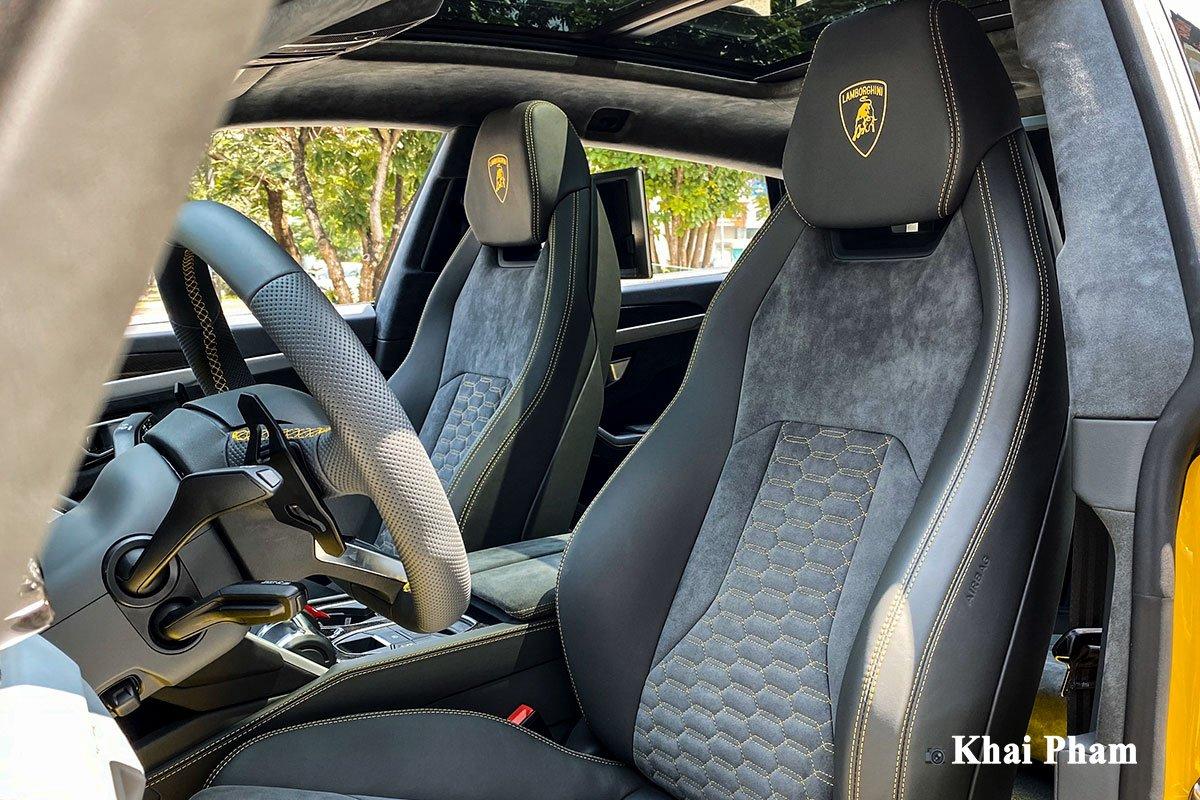 Ảnh ghế láu xe Lamborghini Urus full carbon