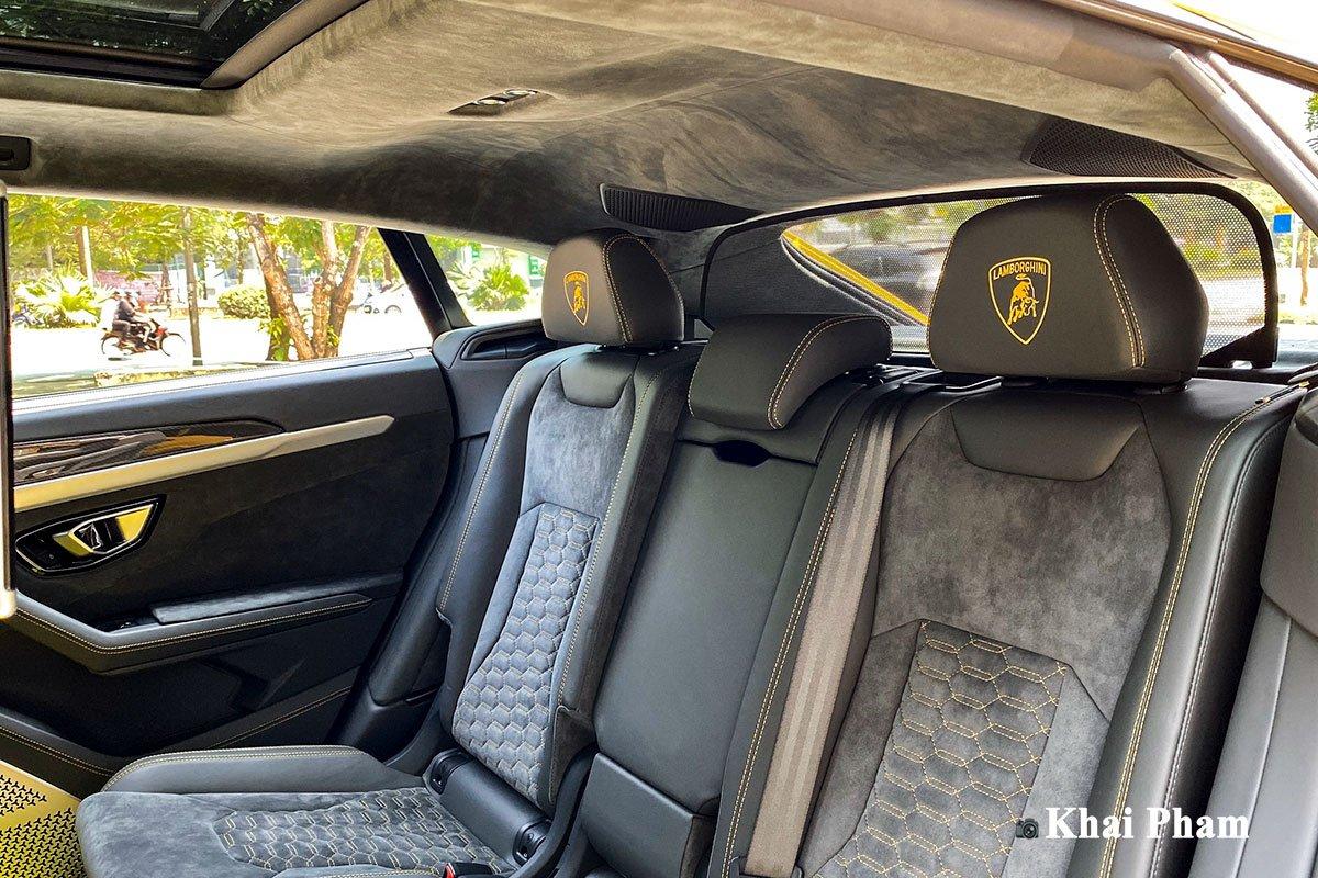 Ảnh ghế sau xe Lamborghini Urus full carbon 1