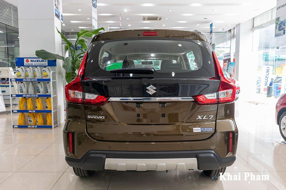 Ảnh chính diện đuôi xe Suzuki XL7 2020