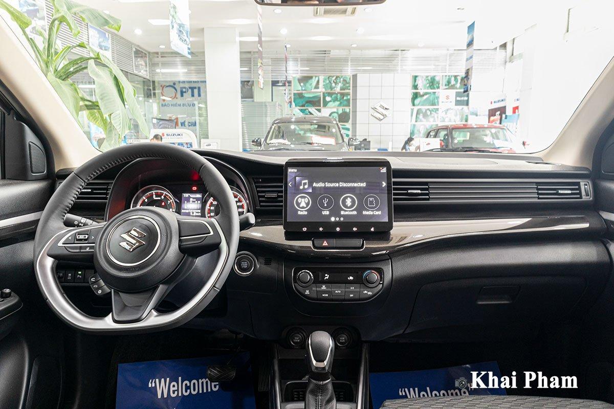 Ảnh khoang lái xe Suzuki XL7 2020