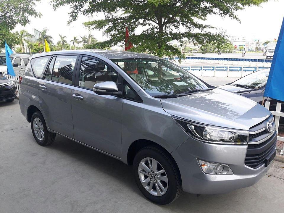 Toyota Innova ưu đãi 120 triệu đồng tại đại lý.